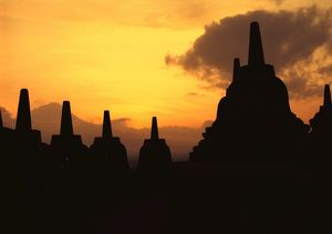 Borobudur Buddhist temple. Asian Insight, 1976