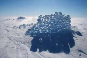 Ice Wall. Mawson - Life and Death in Antarctica, 2008.