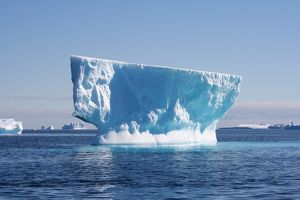Iceberg. Mawson - Life and Death in Antarctica, 2008.